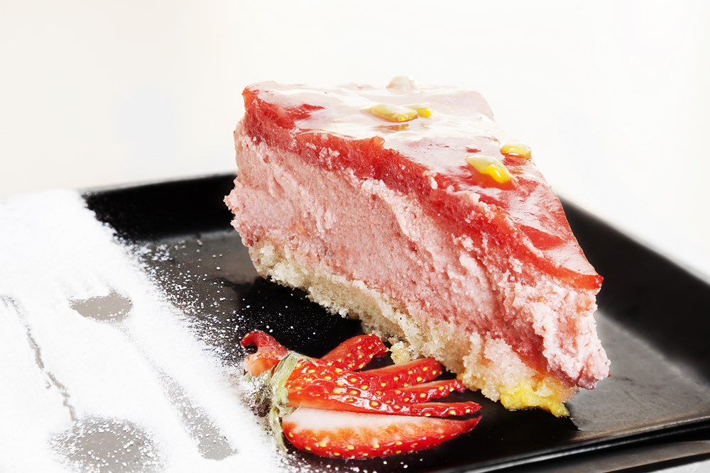 french strawberry dessert